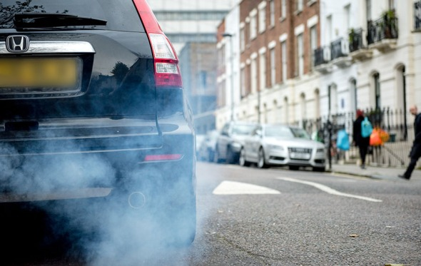 car exhaust air pollution 2016